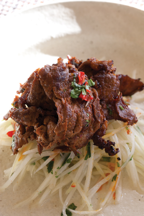 Green Papaya Salad with Beef Sambal